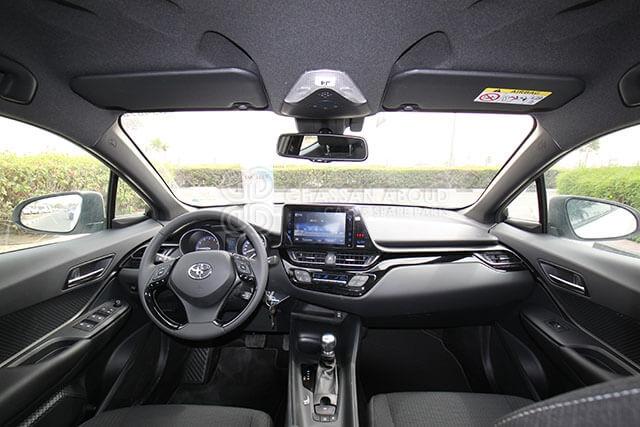 TOYOTA C-HR 1.2L 116HP DUAL VVT-i CENTER MY18 interior view